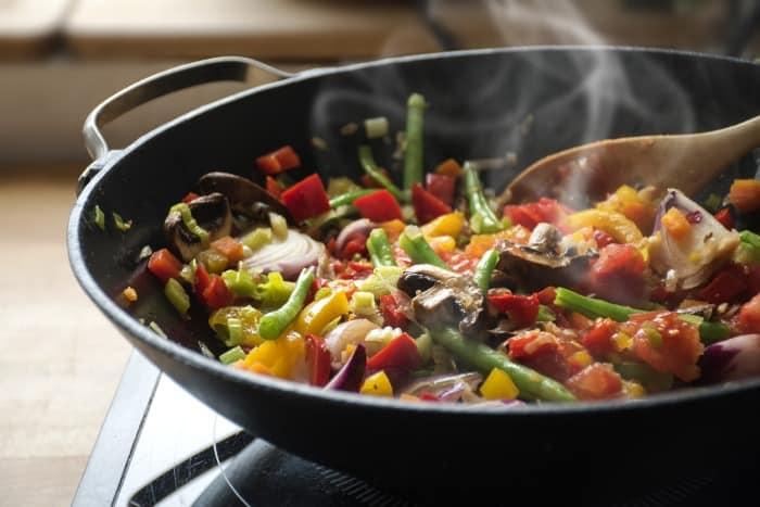 Canola Oil vs Vegetable Oil - Stir fry
