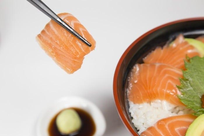 Chirashizushi aka chira sushi