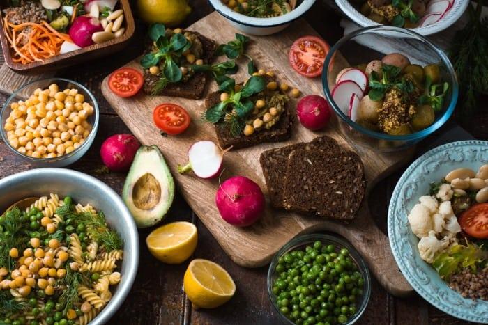 Vegan and vegetarianism ile ilgili görsel sonucu